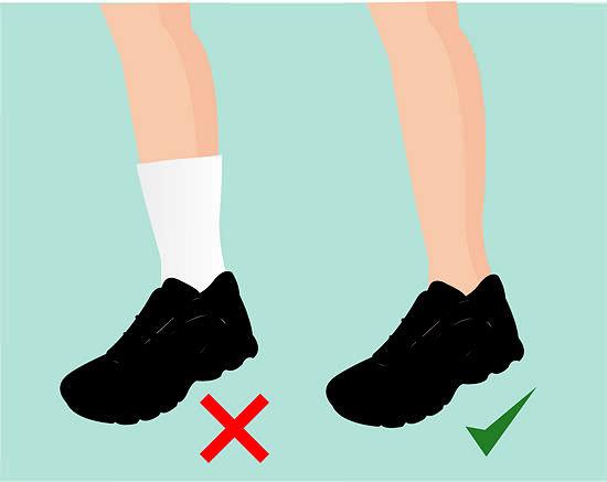 Девушки в кроссовках носках фото 27-618