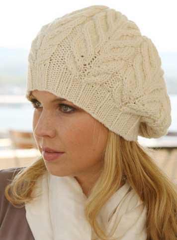 Вязаная женская шапка и берет спицами или крючком надёжно удерживает тепло. Подробное описание вязания, схемы и