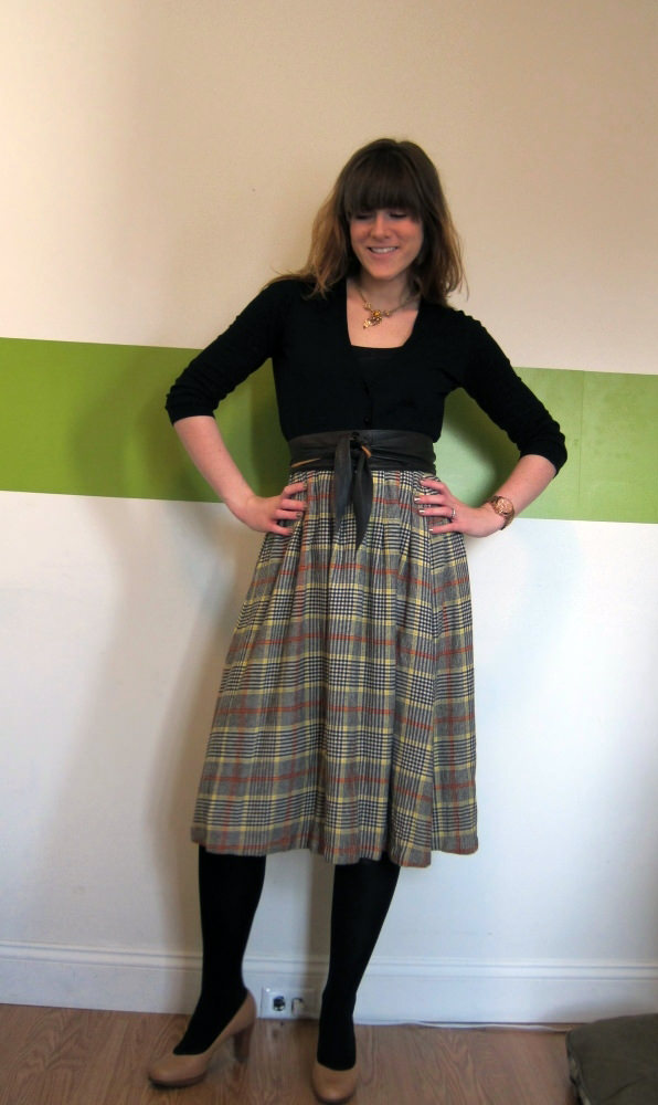 00Laura-Plaid-Skirt
