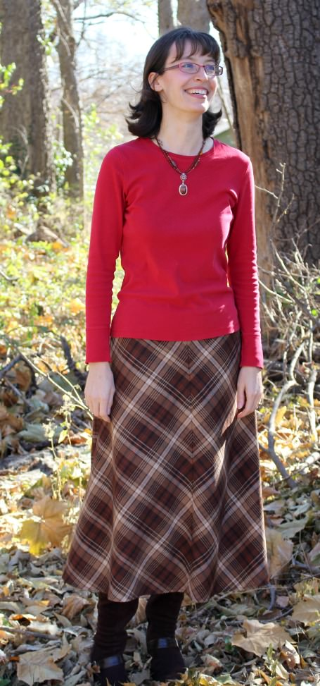 00Plaid_Skirt_Outfit
